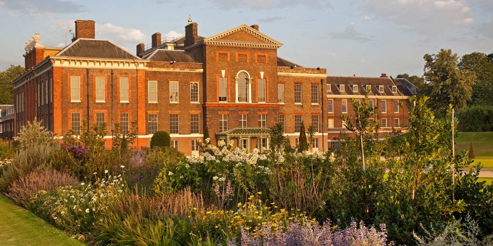 Kensington Palace - house late sun