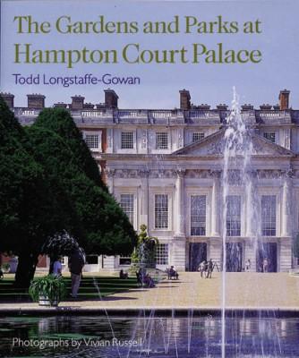 The Gardens & Parks At Hampton Court Palace - Todd Longstaffe-Gowan